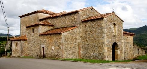San Juan Apóstol y Evangelista (Santianes de Pravia) | Credit: Wikimedia Commons