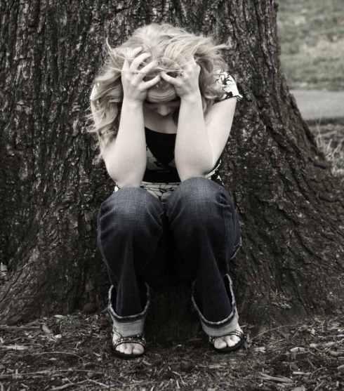 Algunos síntomas de la forma severa del síndrome premenstrual pueden ser incapacitantes.